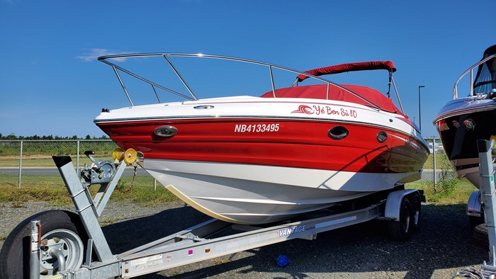 2014 Cruisers Yachts 279 Sport series Photo 9 sur 10