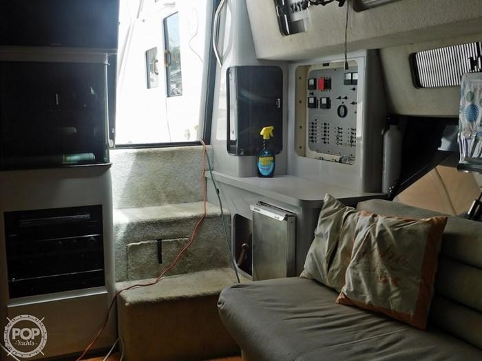 1988 Sea Ray 460 EXPRESS CRUISER Photo 2 sur 20