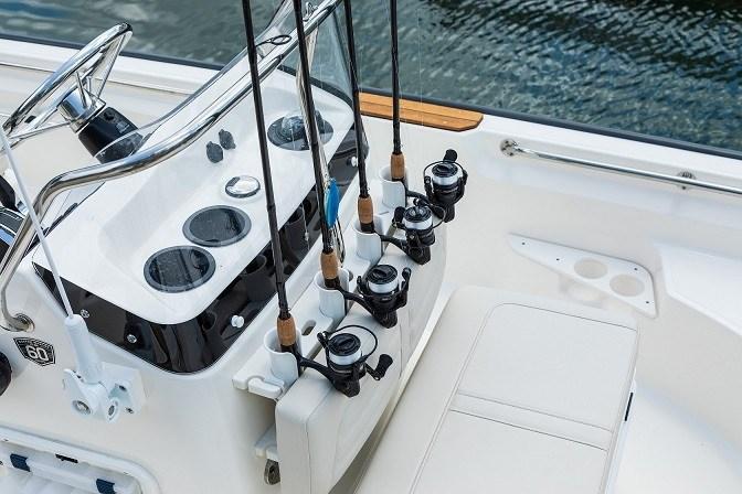 2021 Boston Whaler 170 Montauk Photo 4 sur 10