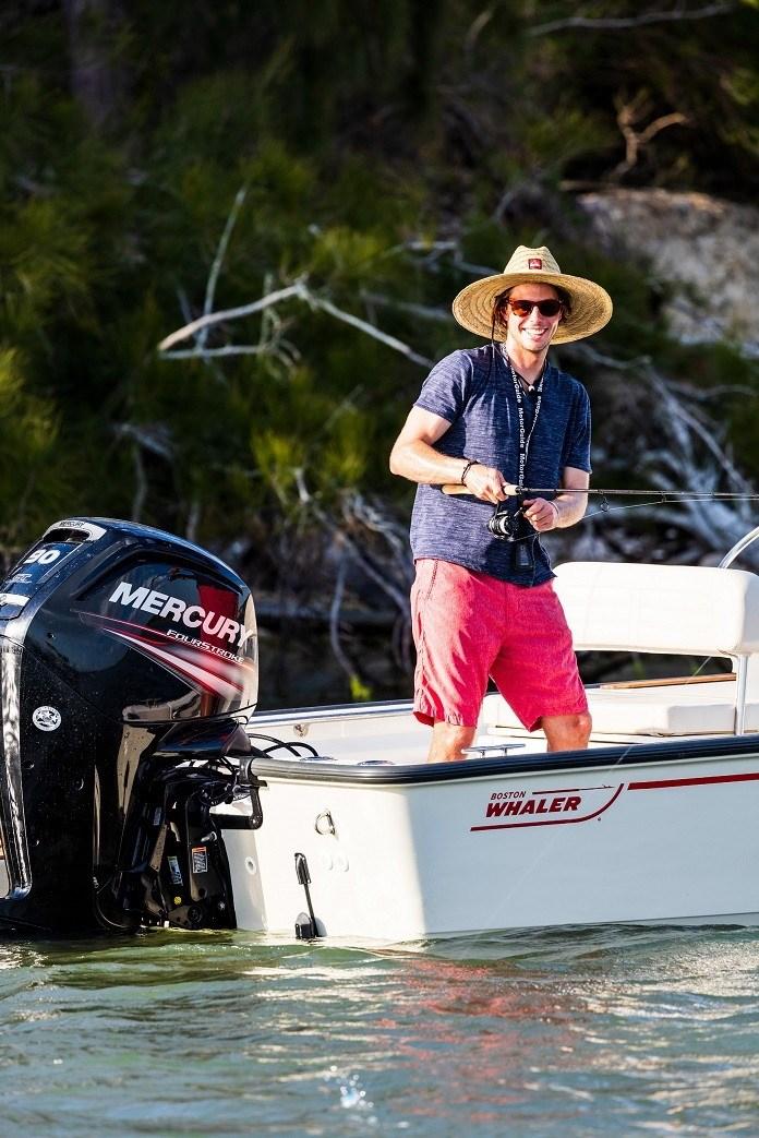2021 Boston Whaler 170 Montauk Photo 7 sur 10