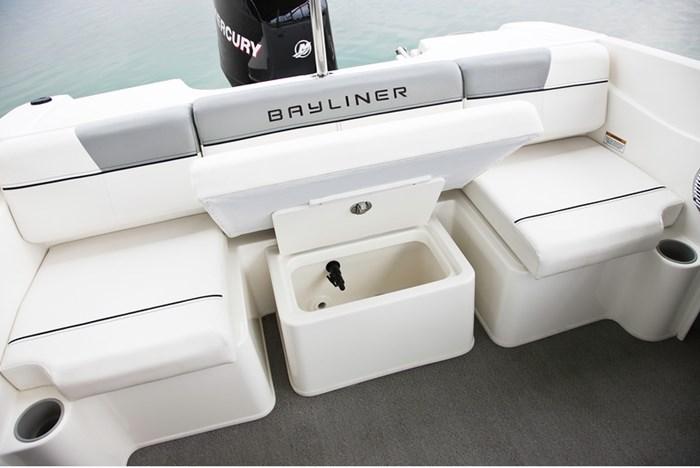 2021 Bayliner 170 Bowrider Photo 5 of 12
