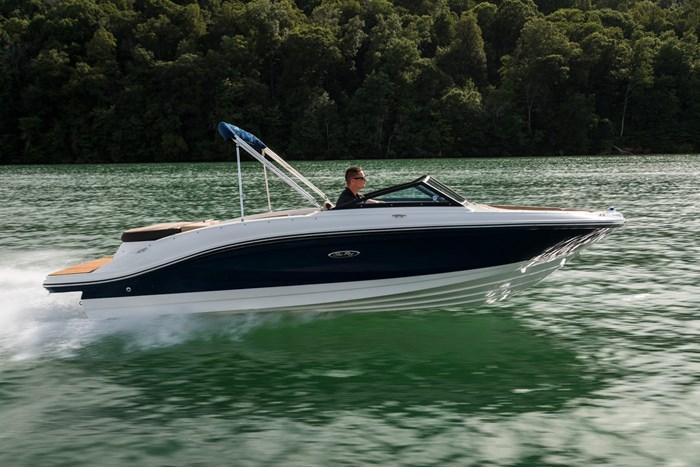 2021 Sea Ray SPX 210 Photo 1 sur 9
