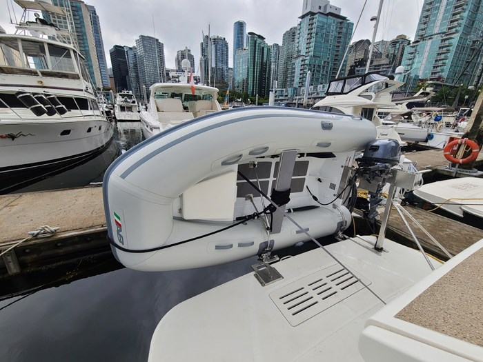 2015 Sea Ray 350 Sundancer Photo 4 sur 31