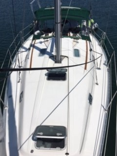 1997 Beneteau OCEANIS 351 Photo 4 of 36