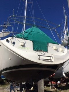 1997 Beneteau OCEANIS 351 Photo 9 of 36