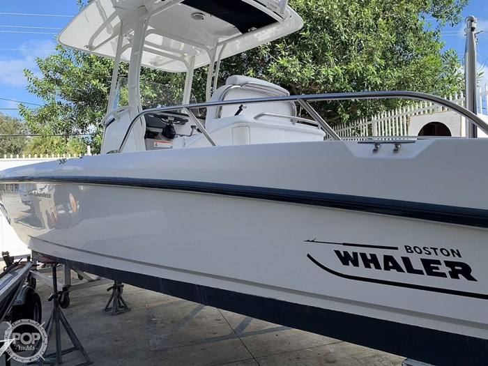 2013 Boston Whaler 270 Dauntless Photo 6 sur 20