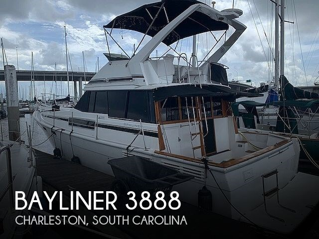 1990 Bayliner 3888 motoryacht Photo 1 sur 20