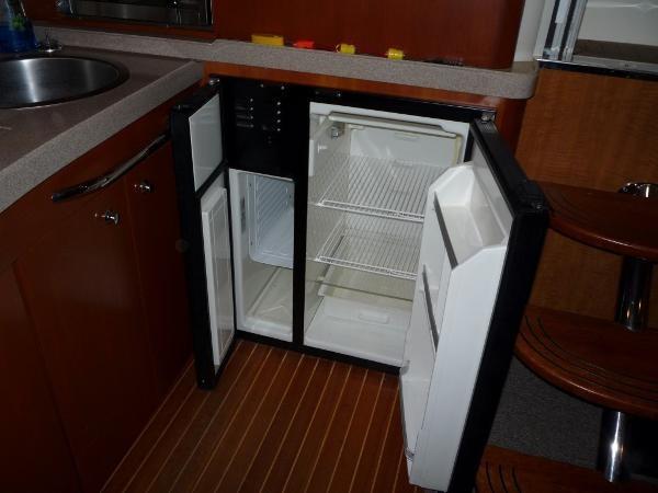 2004 Regal 4260 Commodore-HardTop Photo 25 of 50