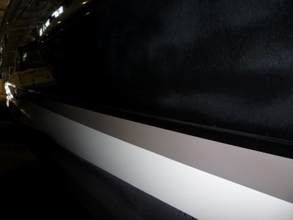 2004 Regal 4260 Commodore-HardTop Photo 4 of 50