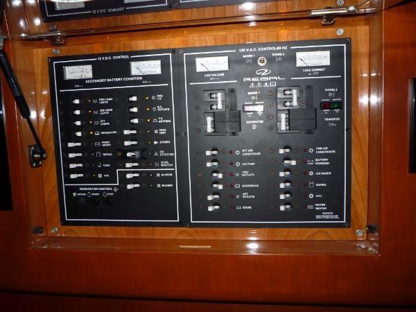 2004 Regal 4260 Commodore-HardTop Photo 39 of 50