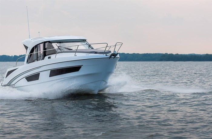 2021 Beneteau Antares 9 OB Photo 11 of 11