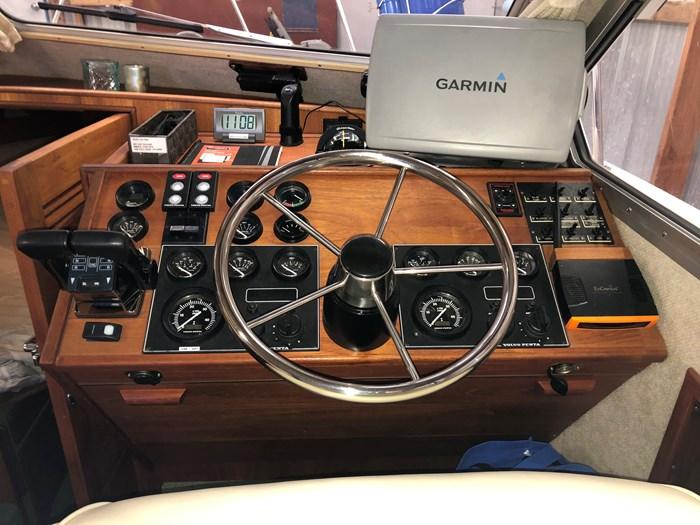 2002 Commander Yacht Sport Cruiser Photo 19 of 26