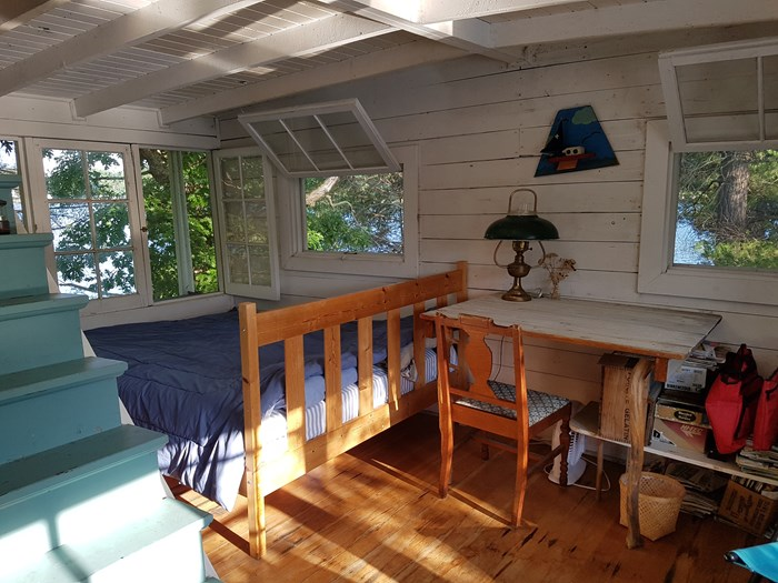 1913 1913 106′ x 21′ Historic Houseboat - Project boat Photo 10 of 39