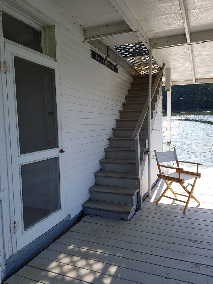 1913 1913 106′ x 21′ Historic Houseboat - Project boat Photo 6 of 39