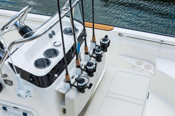 2021 Boston Whaler 170 Montauk Photo 4 sur 6