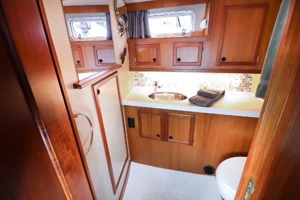 1991 Nauticat 38 Photo 13 of 40