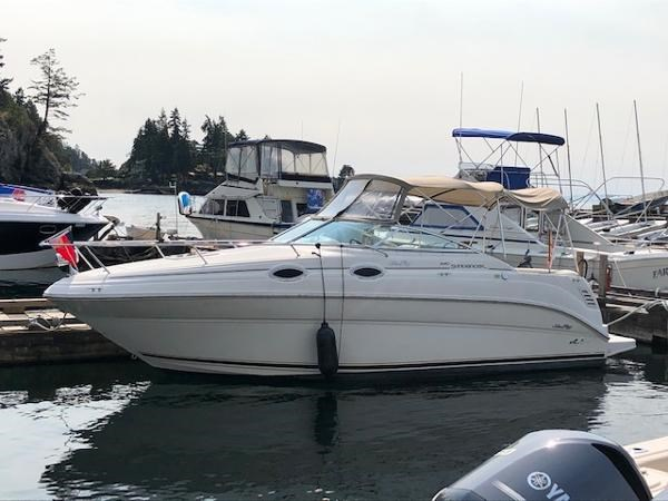 2000 Sea Ray 240 Sundancer Photo 1 of 33