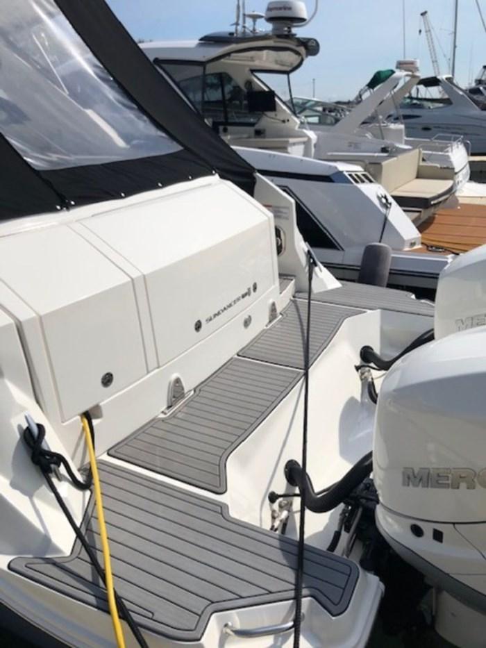 2020 Sea Ray Sundancer 320 Outboard Photo 3 sur 27