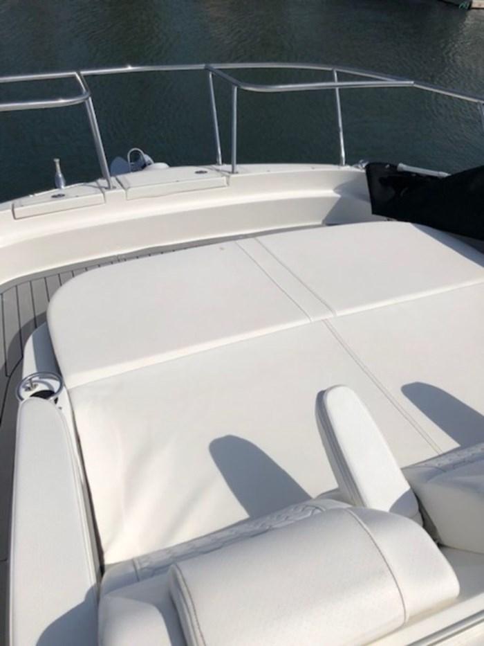 2020 Sea Ray Sundancer 320 Outboard Photo 22 sur 27