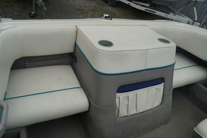 1994 Bayliner 170 Bowrider Photo 9 sur 13