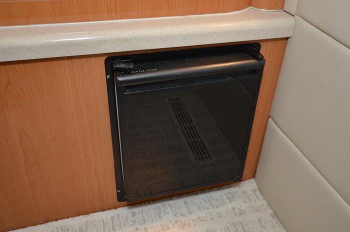 2001 Regal 3880 Commodore Photo 39 of 59