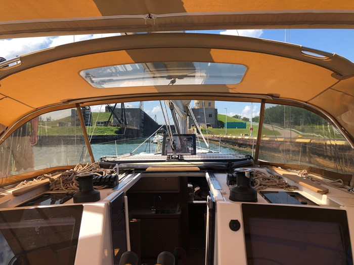 2016 Dufour Yachts Grand Large 460 Photo 2 of 37