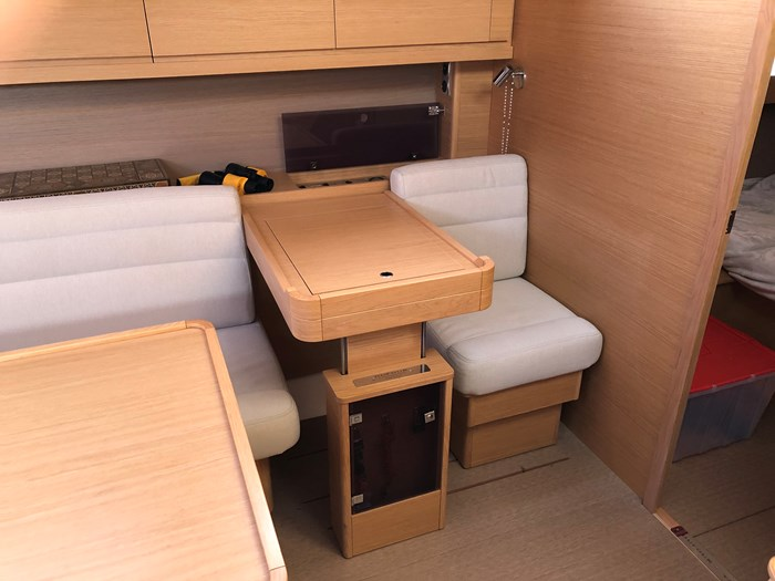 2016 Dufour Yachts Grand Large 460 Photo 13 of 37