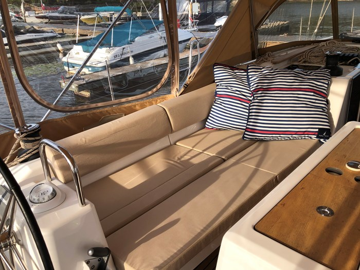 2016 Dufour Yachts Grand Large 460 Photo 24 of 37