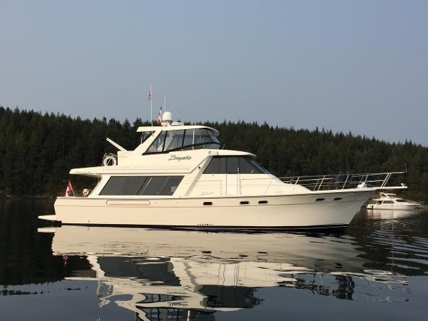 2000 Bayliner 4788 Pilot House Motoryacht Photo 1 of 40