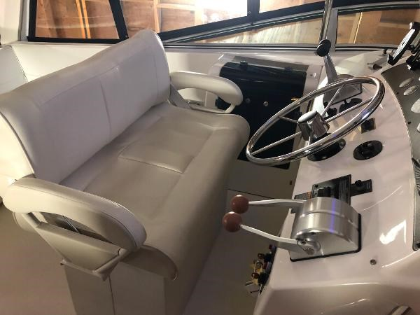 2000 Bayliner 4788 Pilot House Motoryacht Photo 26 of 40