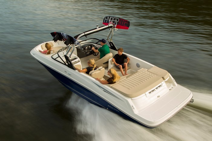 2021 Bayliner VR 6 Photo 2 sur 28