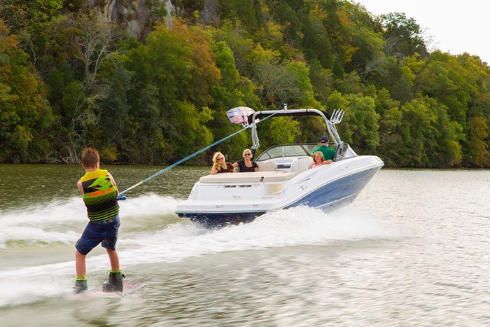 2021 Bayliner VR 6 Photo 6 sur 28