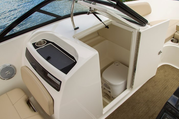 2021 Bayliner VR 6 Photo 8 sur 28