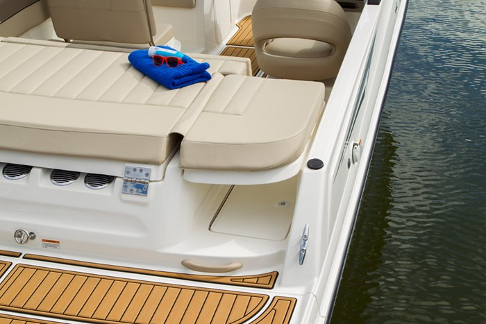 2021 Bayliner VR 6 Photo 24 sur 28