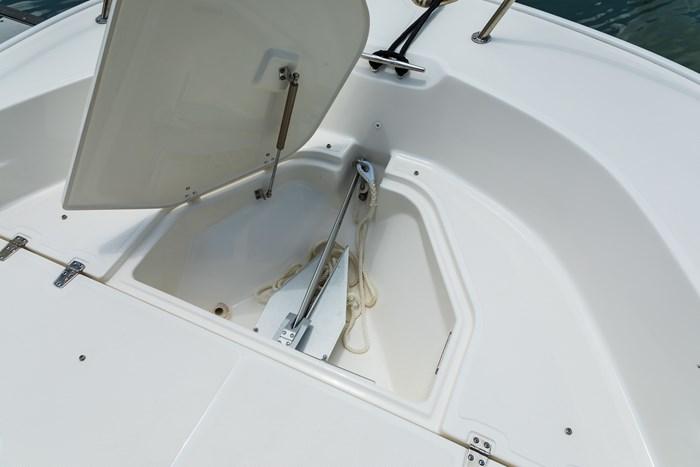 2021 Boston Whaler 190 Montauk Photo 7 sur 11