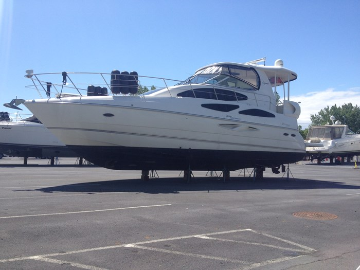 2007 CRUISERS YACHTS 455 Express MotorYacht Photo 59 of 62