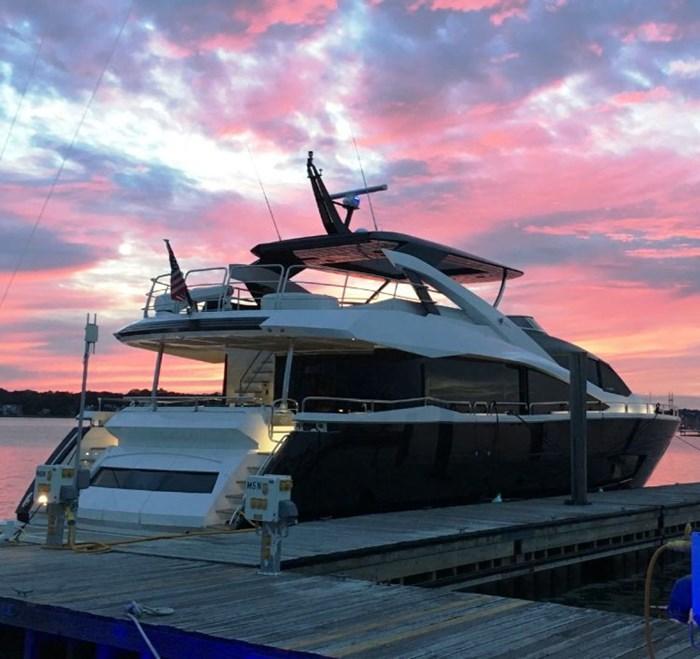 2017 Sunseeker Yacht Photo 4 of 37