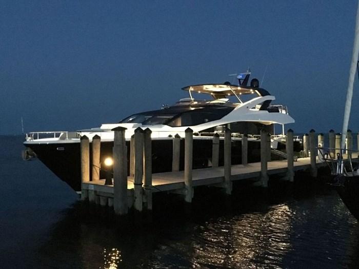 2017 Sunseeker Yacht Photo 7 of 37