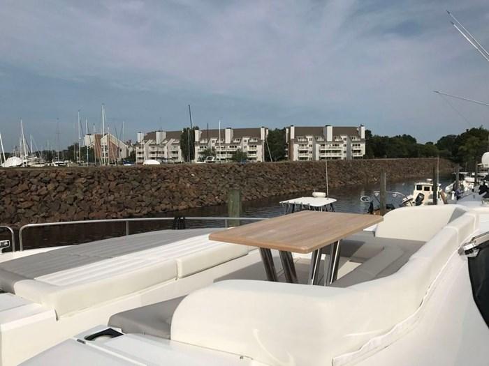 2017 Sunseeker Yacht Photo 36 of 37