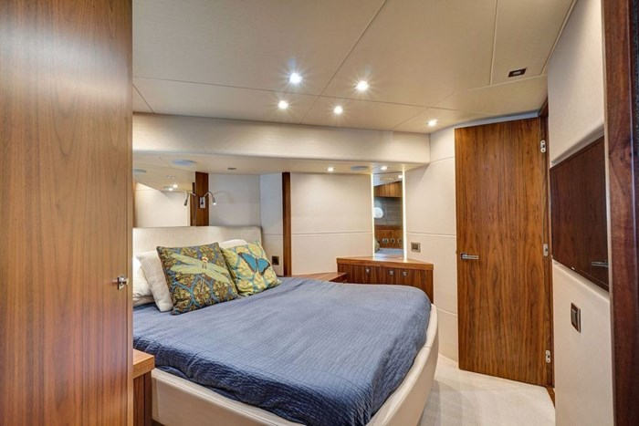 2014 Sunseeker Manhattan Photo 13 of 59