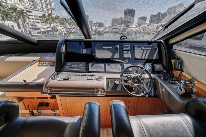 2014 Sunseeker Manhattan Photo 31 of 59