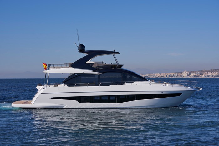 2020 Astondoa 66 Flybridge Photo 1 sur 90