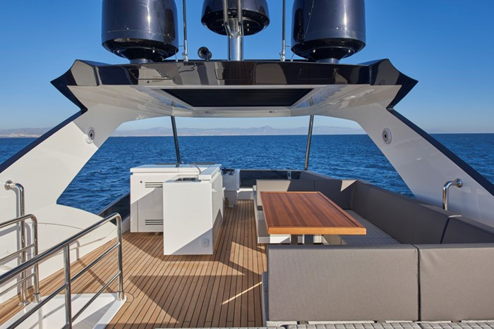 2020 Astondoa 66 Flybridge Photo 14 sur 90