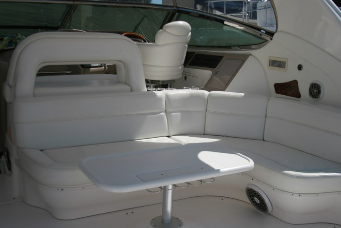 2002 Sea Ray 550 Sundancer Photo 7 sur 39