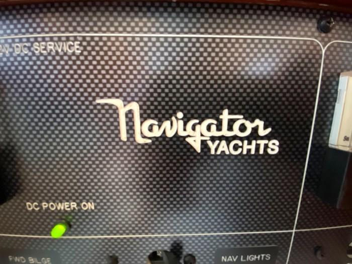 2003 Navigator 5700 Rival Photo 28 of 111