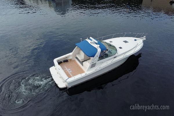 1998 Sea Ray Express Cruiser Photo 10 sur 71