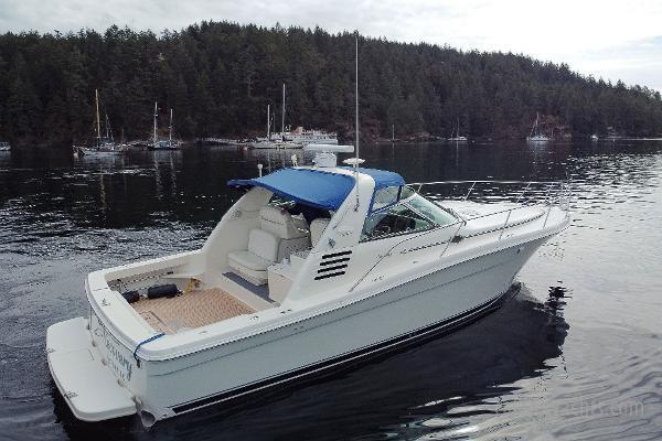 1998 Sea Ray Express Cruiser Photo 11 sur 71