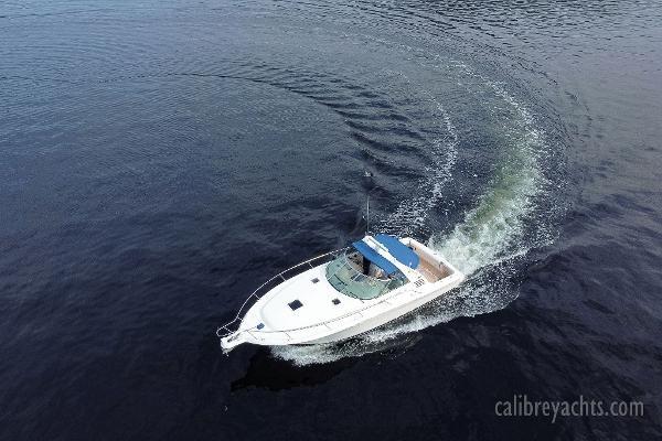 1998 Sea Ray Express Cruiser Photo 18 sur 71