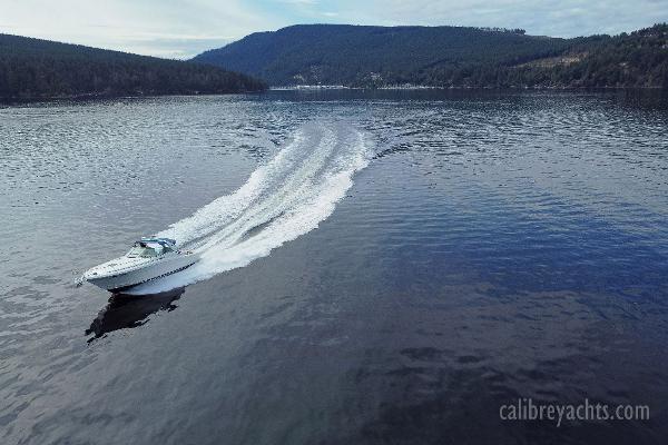 1998 Sea Ray Express Cruiser Photo 20 sur 71