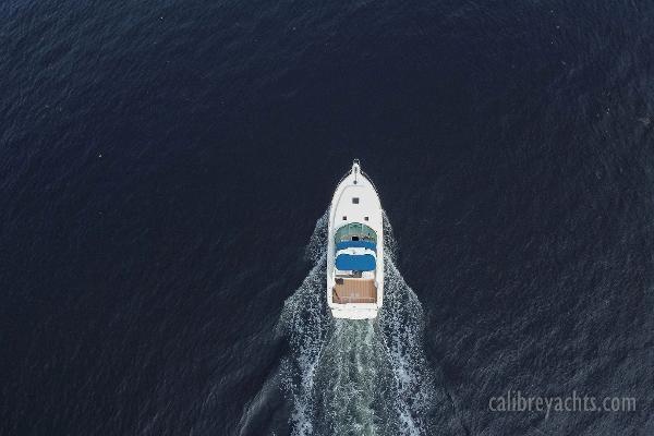 1998 Sea Ray Express Cruiser Photo 22 sur 71